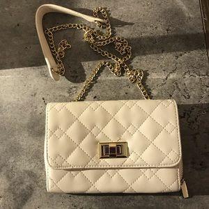 Handbags - 💕White & Gold Crossbody Bag💕